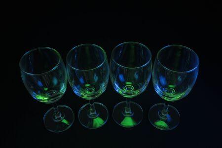 vidrio de iluminaci�n abstracta con fondo negro