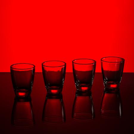 fondo rojo: tiro vac�o en el fondo rojo