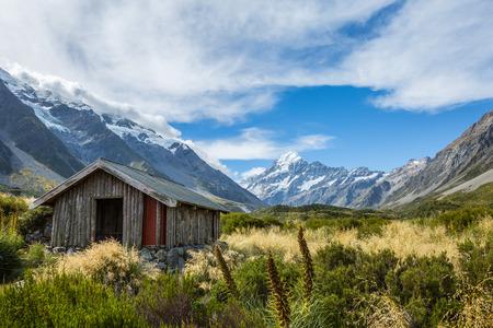 hooker: Alpine hut on Hooker Valley Track in Mount Cook National Park, New Zealand