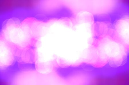 bokeh color� sur fond rose photo