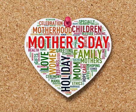 Illustration of heart shape mothers day word cloud tag on cork notice board Stok Fotoğraf