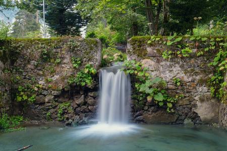 Waterfall in the abandoned pool Reklamní fotografie