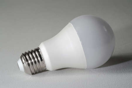 Led light bulb on a white canvass background Banque d'images