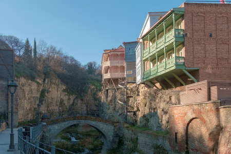 Tbilisi, Georgia, January, 1, 2021:Traditional houses with balconies in the  district of Tbilisi. 新聞圖片