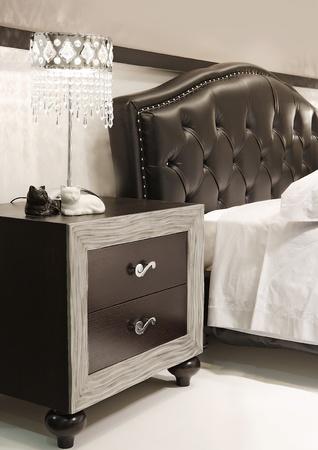 new-classic bed closeup photo