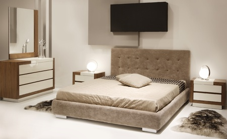 baroque furniture: modern bedroom