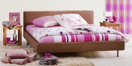 女性の寝室
