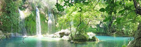 Kursunlu panorama cascata nel parco nazionale di tacchino Archivio Fotografico - 11331623