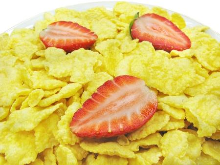 corn flakes: flocons de ma�s � la fraise pour le petit d�jeuner