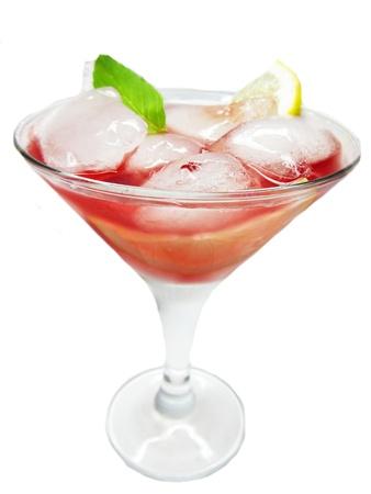 cruchon: c�cteles sin alcohol Cruchon con hielo y una cereza Foto de archivo