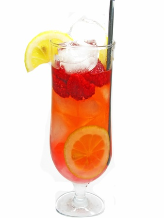 cruchon: alcoholic cruchon cocktail with ice and raspberry