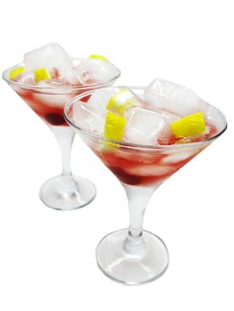 cruchon: c�cteles sin alcohol Cruchon con hielo y cerezas