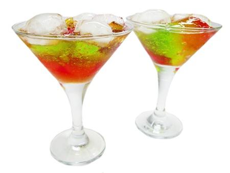 cruchon: c?les sin alcohol Cruchon con hielo y menta