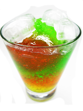 cruchon: alcoholic cruchon cocktail with ice and mint