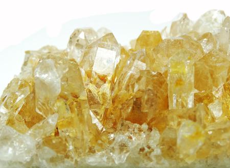 Citrino semigem cristalli geode isolato minerale geologico Archivio Fotografico - 37187381