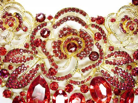 Broche à bijoux avec cristaux multicolores brillants accessoire de mode de luxe Banque d'images - 95876703