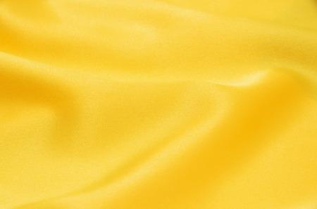 黄色のサテン