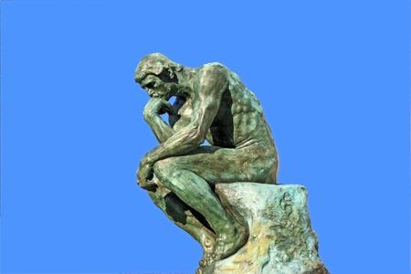 Penseur isolés sur bleu
