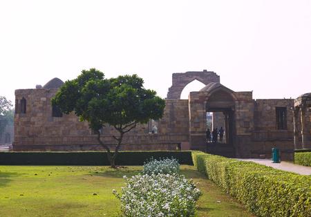 minar: an entrance court yard Kutb Minar