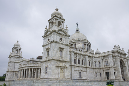 The palace in India to Kolkata Victoria Memorial Hall Stock Photo - 103306953
