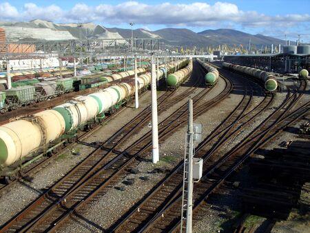 landscape cars and railroad Standard-Bild - 124846047