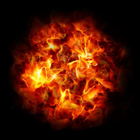 火災の大きなボール。黒の背景に明るい爆発。火の玉。高解像度。