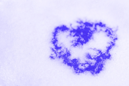 abstract purple heart on to snow Stock Photo - 16374213