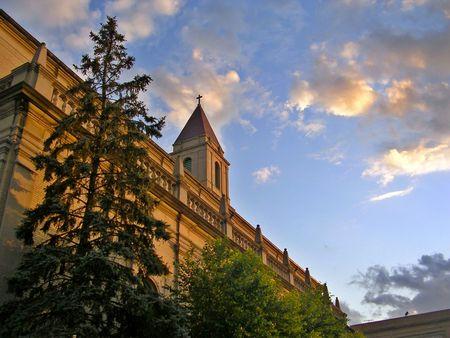 Eglise au coucher du soleil