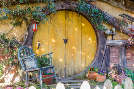 Matamata, New Zealand - June 07,20 17 : Hobbiton, a movie set created for the filming of the Lord of the Rings and The Hobbit movies Publikacyjne