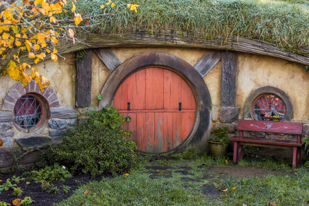 Matamata, New Zealand - June 07,20 17 : Hobbiton, a movie set created for the filming of the Lord of the Rings and The Hobbit movies 新聞圖片
