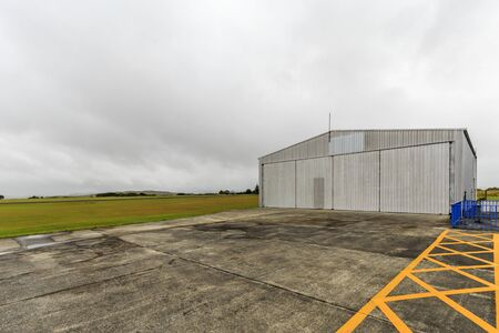 Aviation hangar at the airport Imagens