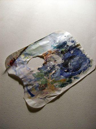 pallette: Pallette de peintre de papier avec de la peinture acrylique