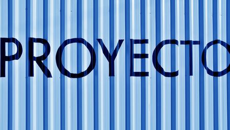 cian: Proeyecto, proyect word over light blue