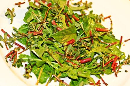 plato de ensalada: Hojas verdes plato de ensalada