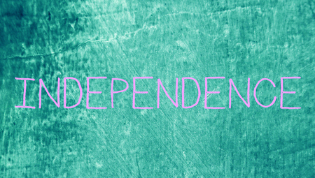 wor: Independence wor on chalk grungy blue background