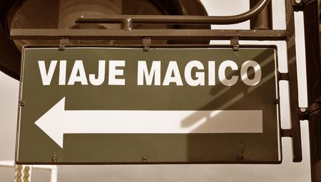 b n: Magic trip sign in spanish