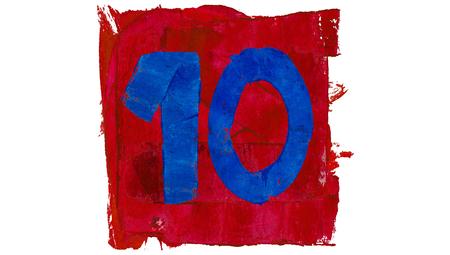 numero diez: Número diez o 10 del día del calendario artístico en colores rojo y azul de la pintura