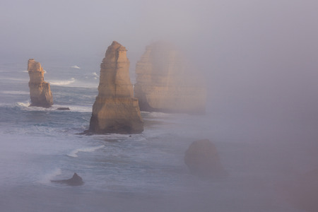 The Twelve Apostles along the Great Ocean Road, Victoria, Australia. Photographed at sunrise Imagens