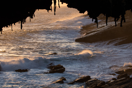 Admirals Arch in sunset light in the southern part of the Flinders Chase National Park