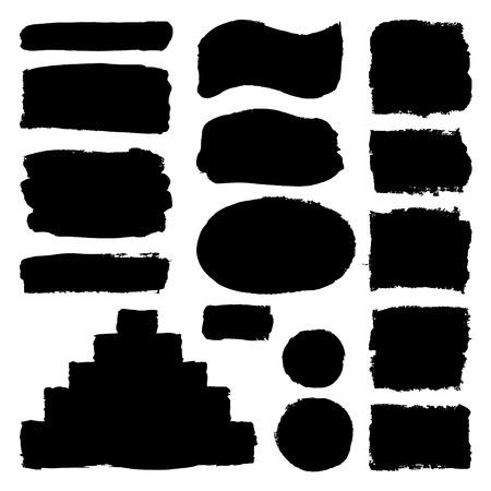 Dibujado a mano abstractas pinceladas de pintura negro. Conjunto de vectores colección de formas aisladas sobre fondo blanco. Redondo, oval, elipse, pirámide, círculo, rectángulo elementos para el diseño. Ilustración de vector