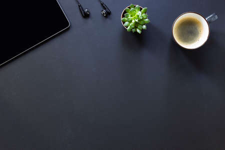 Top view flat lay of business working place. Empty workspace on table. Mockup. 版權商用圖片