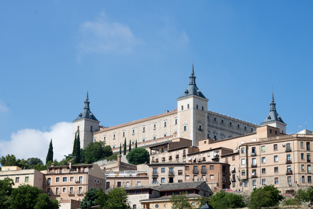 Toledo, Spain. A view from outside on the medieval town of Toledo. Toledo walls. Banco de Imagens