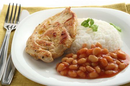 Fried chicken avec du riz et des haricots Banque d'images