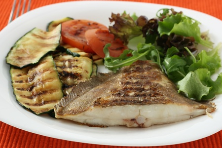 grilled flounder with vegetables