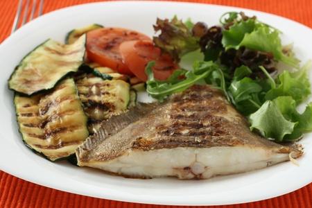 grilled flounder with vegetables
