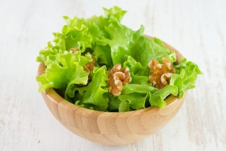 salad with walnut