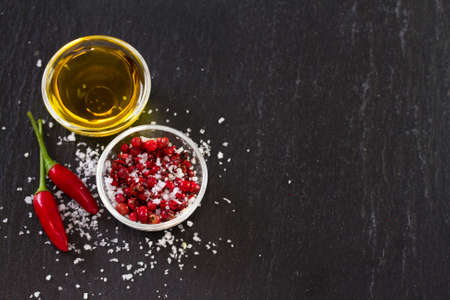 piri piri: pink pepper and oil