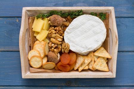 frutas secas: queso con nueces y frutas secas