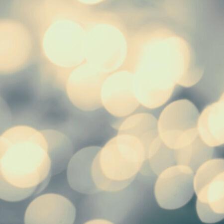 semaforo rojo: Fondo de oro festiva borrosa. Foto de archivo