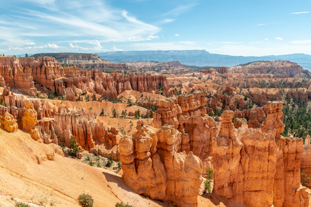View of hoodoos from Navajo Loop in Bryce Canyon National Park, Utah